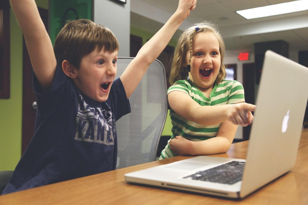 Passive Income vs Laptop Income vs 9 to 5Income